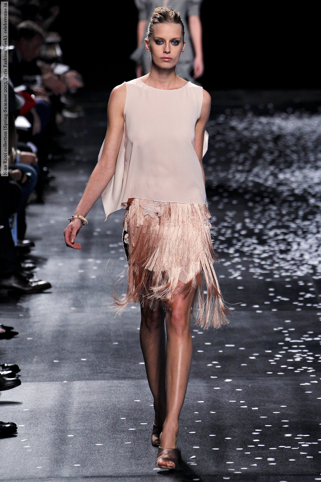 Nina Ricci collection (Spring-Summer 2013, Paris Fashion Week)