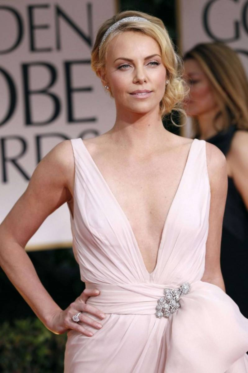 EOH Foto 2 Charlize Theron