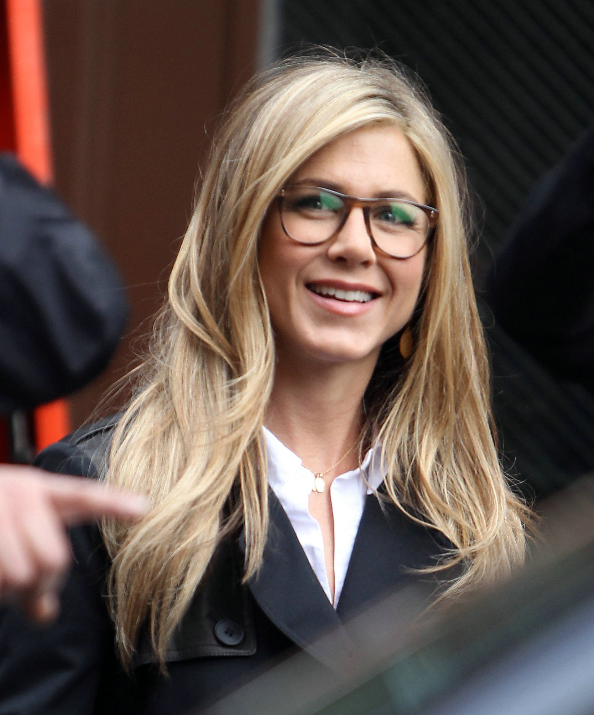 EOH Oculos - Jennifer Aniston