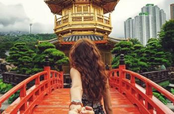 Fotógrafo registra namorada levando-o pela mão para conhecer o mundo