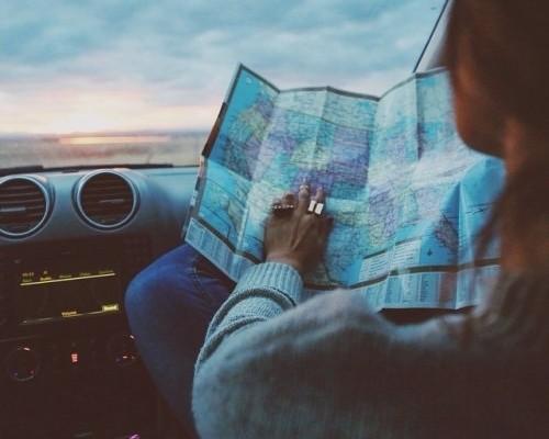 girl-travel