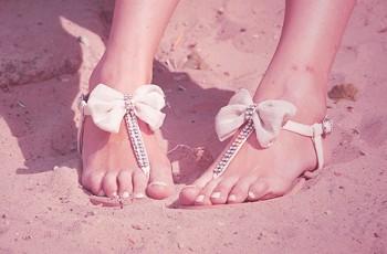 Coloca o pé no chão, minha filha! - Inspirações para usar rasteirinhas