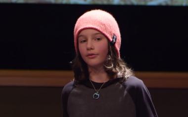 """O que acontece quando um garoto resolve """"hackear"""" o sistema tradicional de ensino?"""