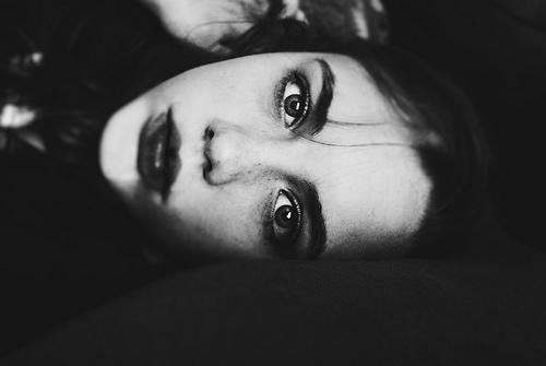 Será que sou solidão ou tenho somente medo de amar?