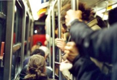 O dia em que me apaixonei dentro de um ônibus lotado